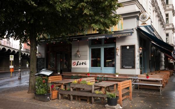lori restaurant berlin bis zu 7 sparen bei internationale k che. Black Bedroom Furniture Sets. Home Design Ideas