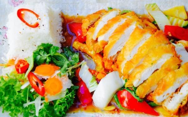 ... MAMA COOK Restaurant: MAMA COOK Restaurant: Vietnamesische Küche Und  Sushi