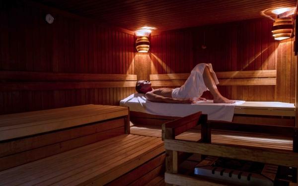 park inn hotel berlin bis 130 sparen bei precious wellness massage. Black Bedroom Furniture Sets. Home Design Ideas