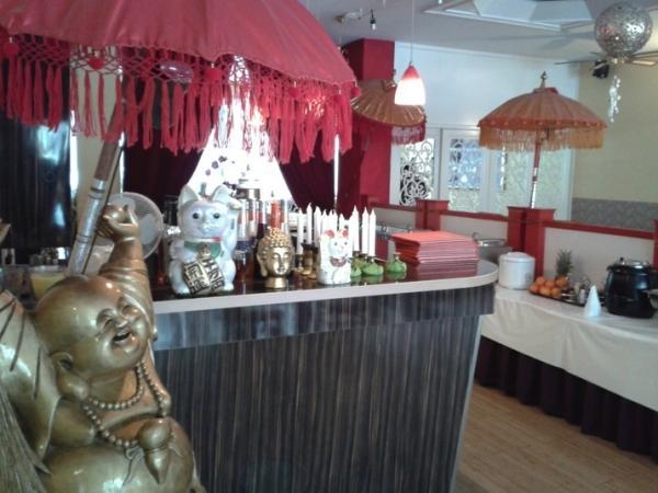 restaurant garuda berlin bis zu 17 sparen bei asiatischem essen. Black Bedroom Furniture Sets. Home Design Ideas