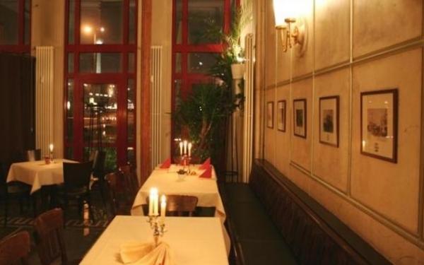 restaurant haus berlin bis 16 sparen bei berlin regionaler k che. Black Bedroom Furniture Sets. Home Design Ideas