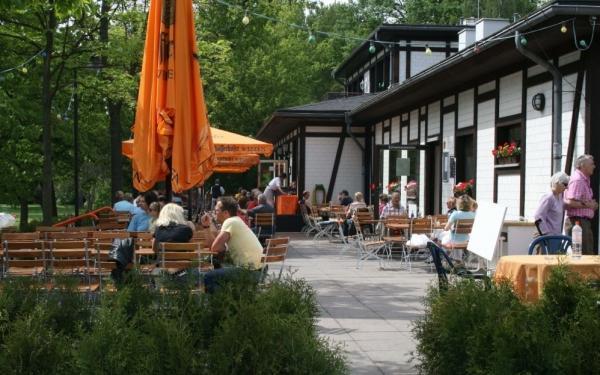 strandbad l bars berlin bis zu 17 sparen deutsche hauptgerichte. Black Bedroom Furniture Sets. Home Design Ideas