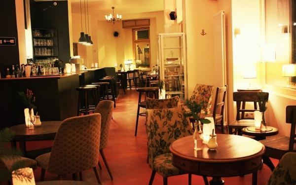 restaurant m rz berlin bis 10 sparen bei fr hst ck in der woche. Black Bedroom Furniture Sets. Home Design Ideas