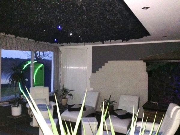 strandbad gr nau berlin bis 69 sparen in sauna und salz oase. Black Bedroom Furniture Sets. Home Design Ideas